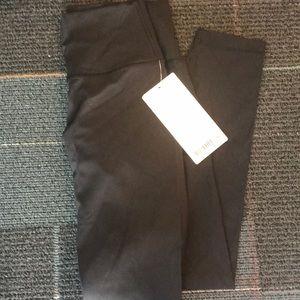 lululemon athletica Pants & Jumpsuits - Lululemon wunder under luxtreme 25